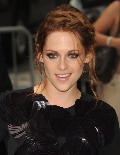 kristen stewart hair colour. Kristen Stewart New Hair Color