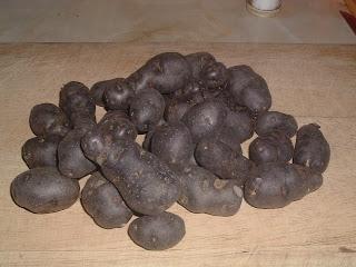 how to cook black potatoes