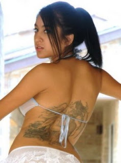sexy hot girl back body tattoo very beautiful