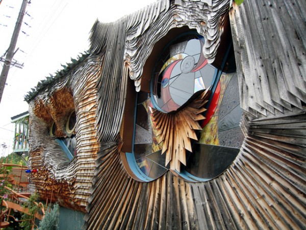 Strange weird, crazy and creative houses ever