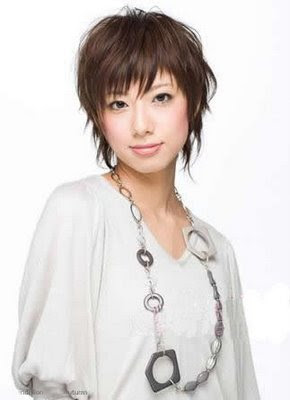 Popular Short Japanese Hairstyles for Women 2013