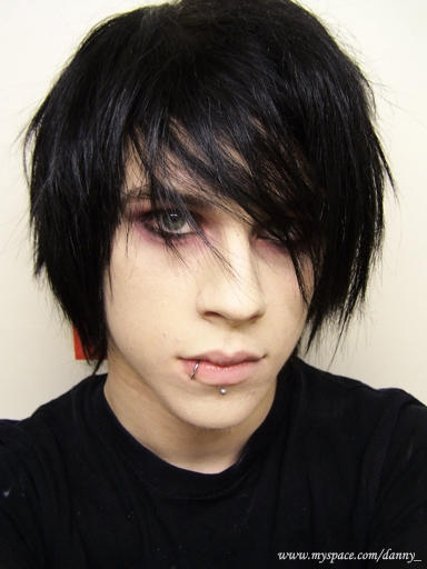 Another hairstyle worn by men with lnng hair. Emo Hairstyles For Boys