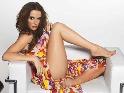 Deborah Secco sexy