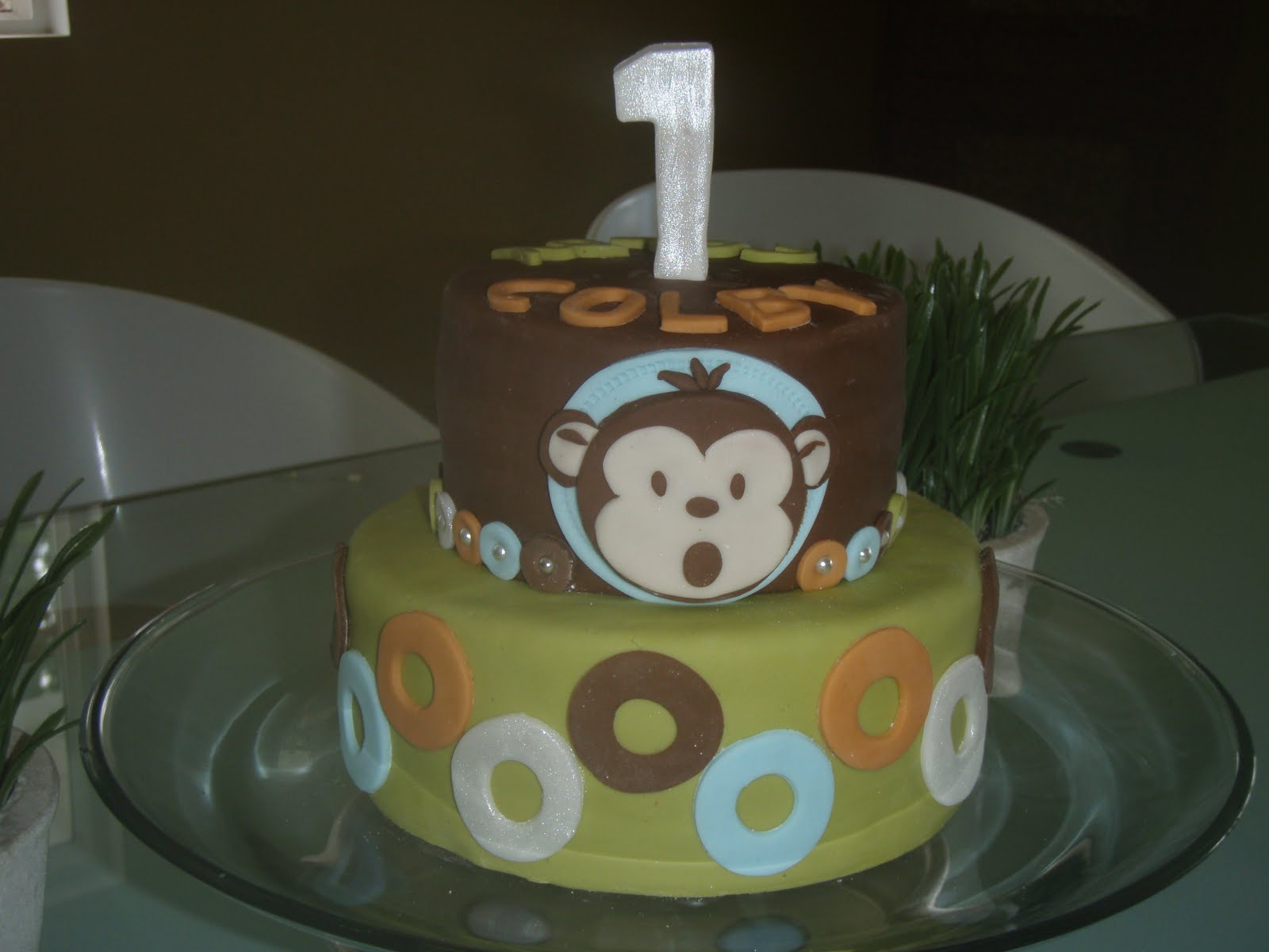 simply cake hawaii modern monkey cake for colbys first birthday
