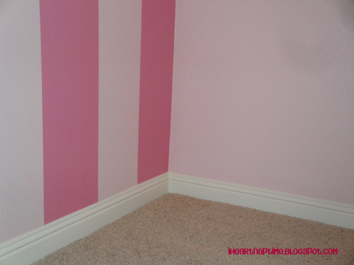 How to paint stripes on the wall i heart nap time for Bedroom stripe paint ideas