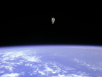 Una mota de polvo en el espacio