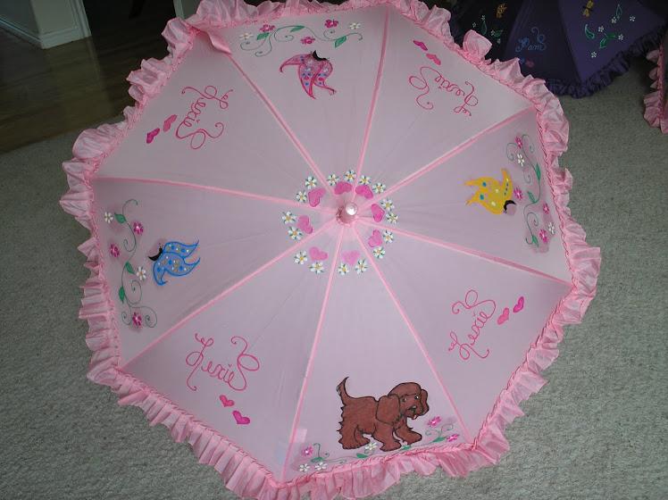 pink umbrella with puppy