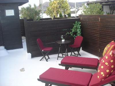 Colores para decorar azoteas y terrazas espacios para - Pintar terraza ...