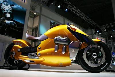 Suzuki biplano@cultura combi