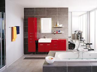 baie moderna utilata gama culori rosu alb gri