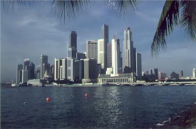 http://3.bp.blogspot.com/_f6V1c5jTjGE/SQzF5ghuSgI/AAAAAAAAAg4/eUoxA7Yu_Sc/s400/singapur_01.jpg