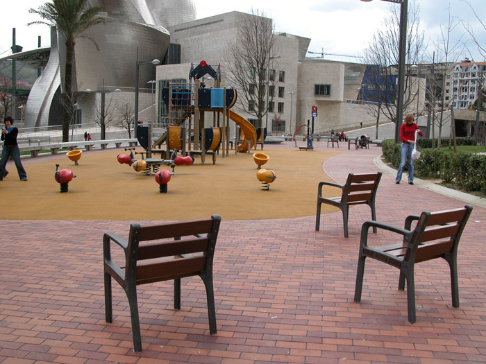 Fotos de arquitectura mobiliario urbano 2 for Mobiliario urbano caracteristicas