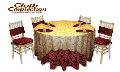 A Phantom wedding banquet table setup, created by the Cloth Connection table design tool.