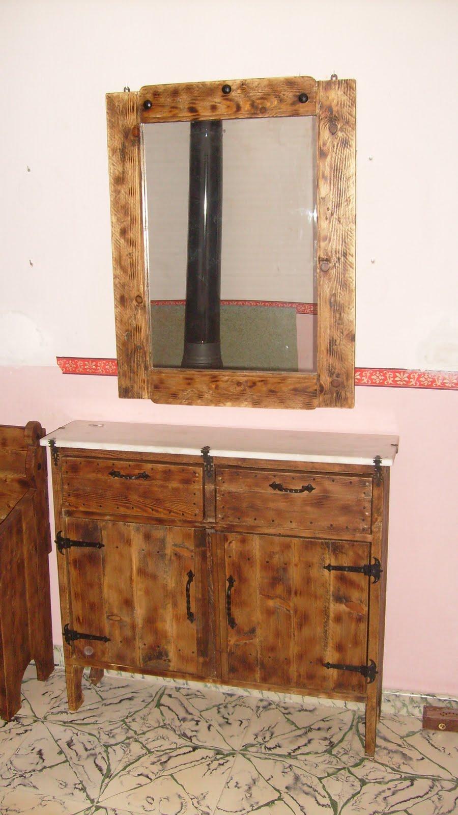 Muebles de antes banco espejo y mueble recibidor for Muebles de espejo
