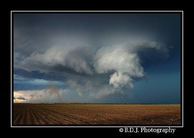 Rotating wall cloud from 6/8/09 storm Hamlin, TX.