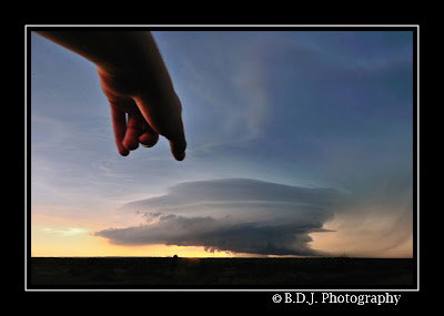Photogenic supercell from 6/14/09 storm Paducah, TX.
