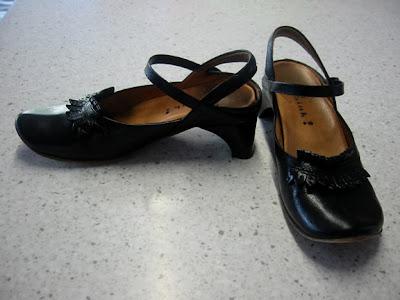 Camper Black Shoes