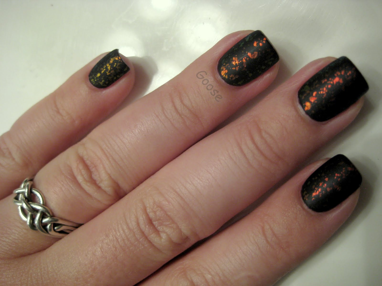 Goose\'s Glitter: Lincoln Park After Dark and Nfu-Oh 49 Matte