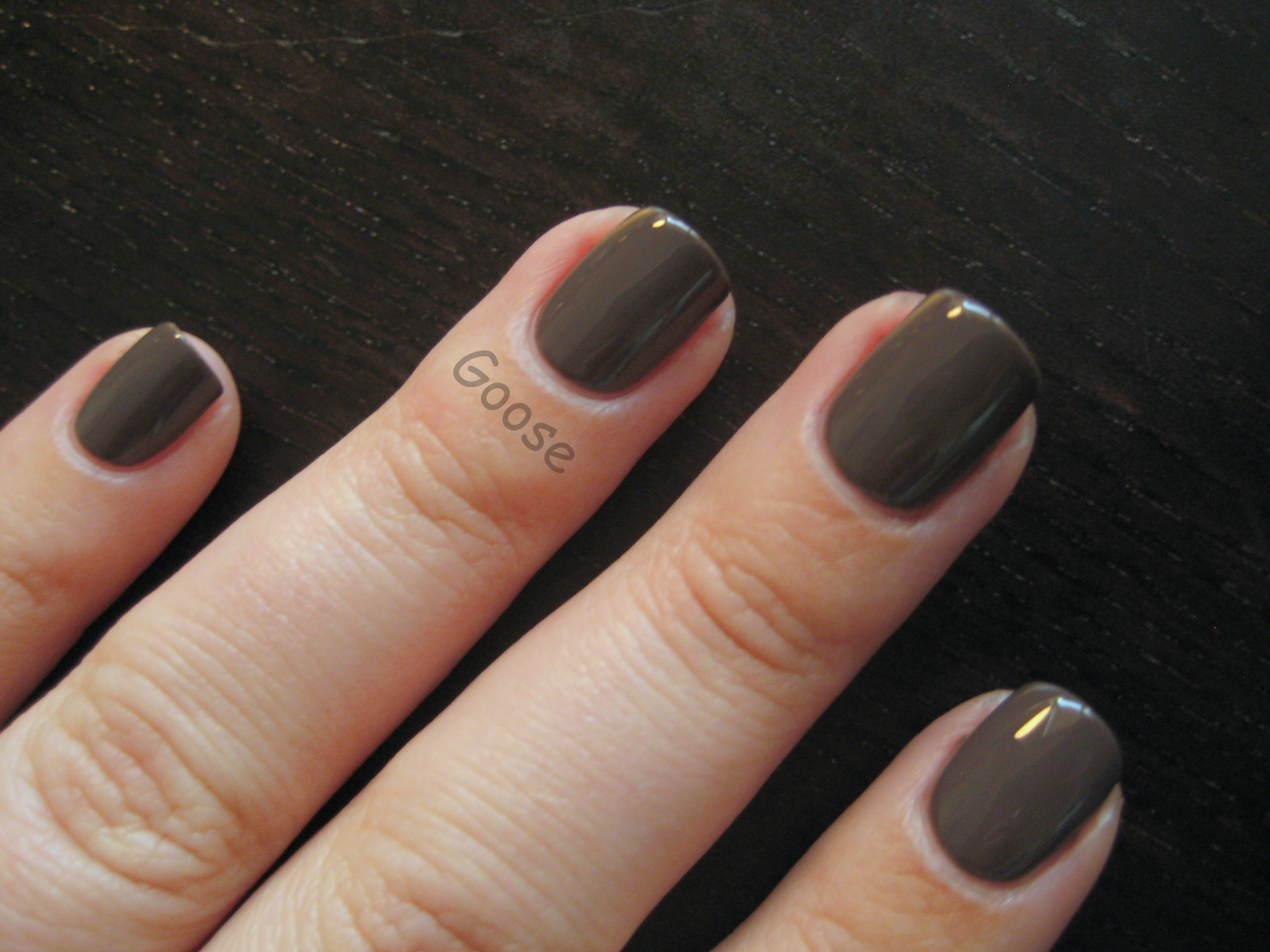 Goose\'s Glitter: New Nail Shape + Old Favorite