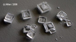 cristales de sal común