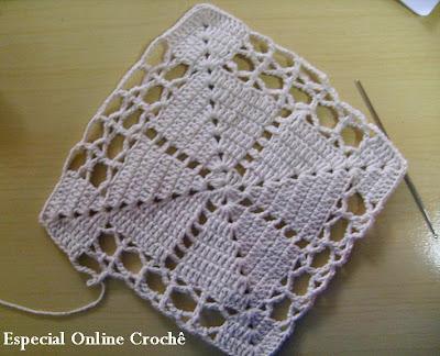 tapete feito em barbante de crochê