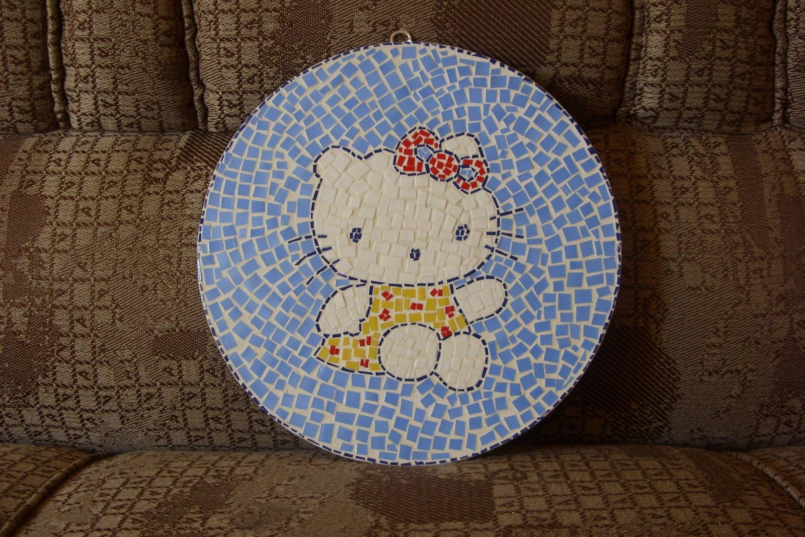 http://3.bp.blogspot.com/_fBY07WDMmrE/TDXjJLrHzFI/AAAAAAAAnd4/ISJPSfZppZI/s1600/mosaico+de+vinil+com+pet.JPG