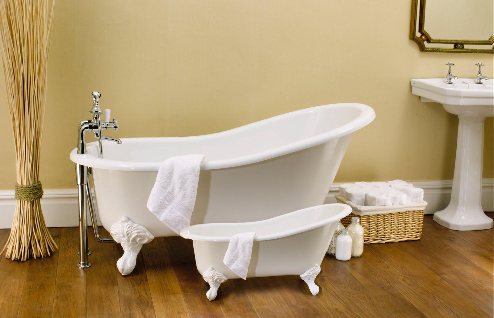 Veja alguns modelos e preços de banheiras vitorianas #6E4811 1600x1031 Banheira Alvenaria Banheiro Pequeno
