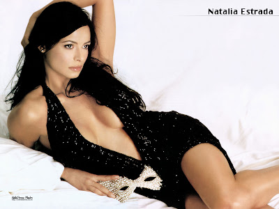 Hollywood Actress Sexy Desktop Wallpapers Free Download Online - Hot Girls Wallpapers