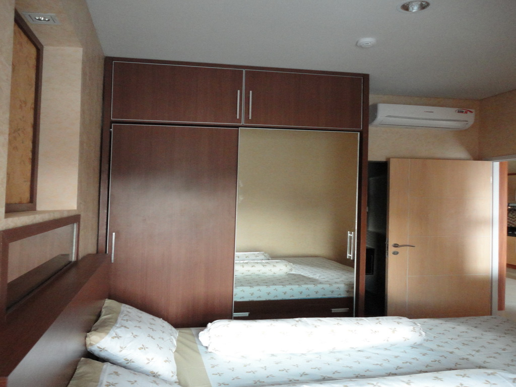 Interior desain furniture untuk kitchen set kamar for Design apartemen 2 kamar