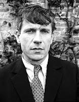De Nederlandse biograaf Eric Duivenvoorden heeft een onbekend verhaal van Gerard Reve boven water gebracht. Het verhaal heet De Sadist en vormt het eerste ... - reve
