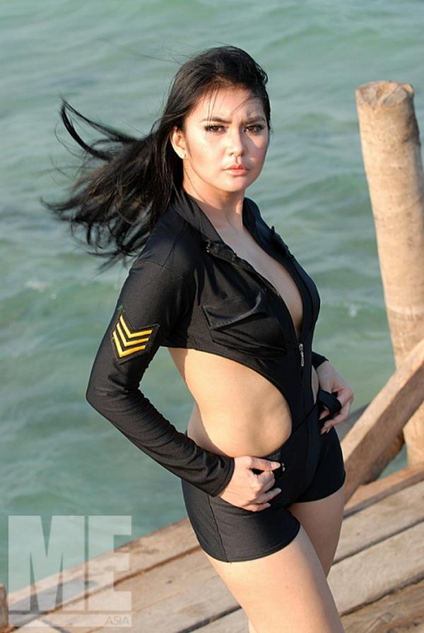 Model Hot Indonesia