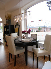 Diningroom Display