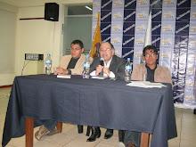 PRESENTACIÓN DE SIN CAMINO NI ESPEJO, DE VÍCTOR GUILLÉN, CENTRO CULTURAL CENTENARIO, CHIMBOTE