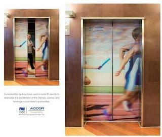 lif9 Gambar Menarik : Hiasan Pada Pintu Lif Part 1