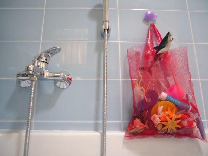 Voglio Una Mela Blu: Giochi d\'acqua fuori stagione: la sacca porta ...
