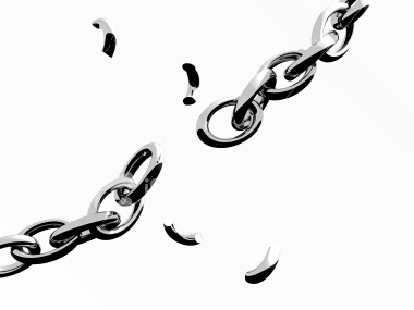 [broken+chain]
