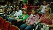 Deficientes visuais assistem a peça em Curitiba