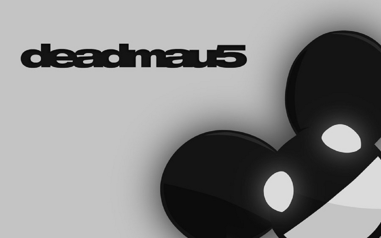 http://3.bp.blogspot.com/_fI2DEWcpNnY/TKplGsPLVPI/AAAAAAAAAdw/34Flb_kbES0/s1600/Deadmau5_Wallpaper_Clean_ed__.jpg