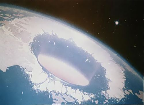 Τα μυστικά της Κοίλης Γης. Όντα και μυστικές είσοδοι