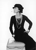 ''La Moda Passa, Lo Stile Resta''   -Coco Chanel-