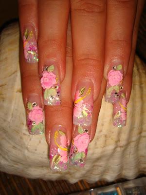 Dibujo artistico en uñas