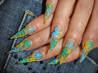 Uñas azul-marino