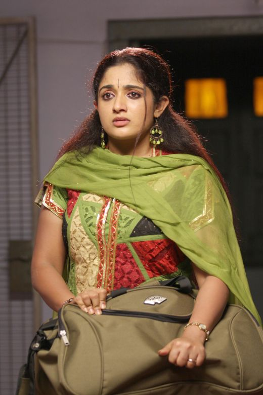 Wwwhot actress blogspotcom hoy and sexy malayalam for Kavya madhavan bathroom