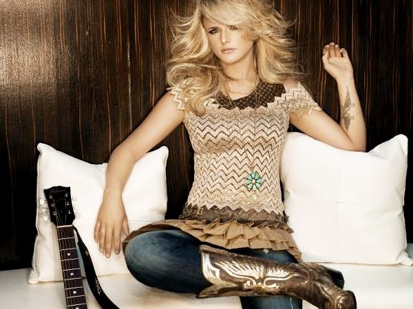 miranda lambert debuts personal online boutique country music rocks. Black Bedroom Furniture Sets. Home Design Ideas