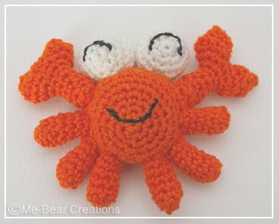 amigurumi, umigumi, crab, crabby, softie, orange, beach, beachlife, krab, knuffel, strand, strandleven, homemade, diy, zelfgemaakt, haken, gehaakt, crochet