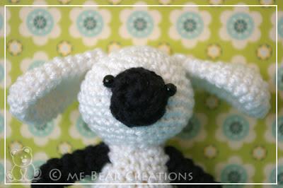 amigurumi, crochet, softie, soft toy, homemade, lamb, baby sheep, schaapje, lammetje, knuffel, haken, gehaakt