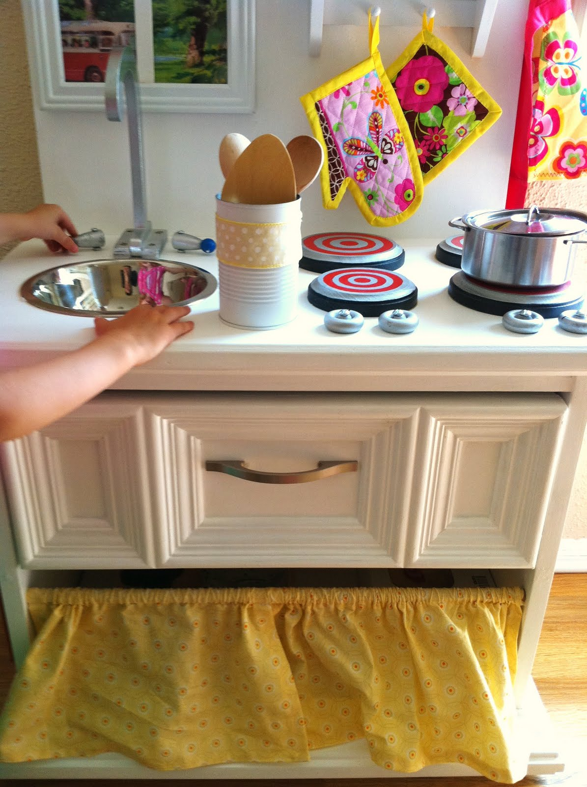 the land of the oz fam play kitchen