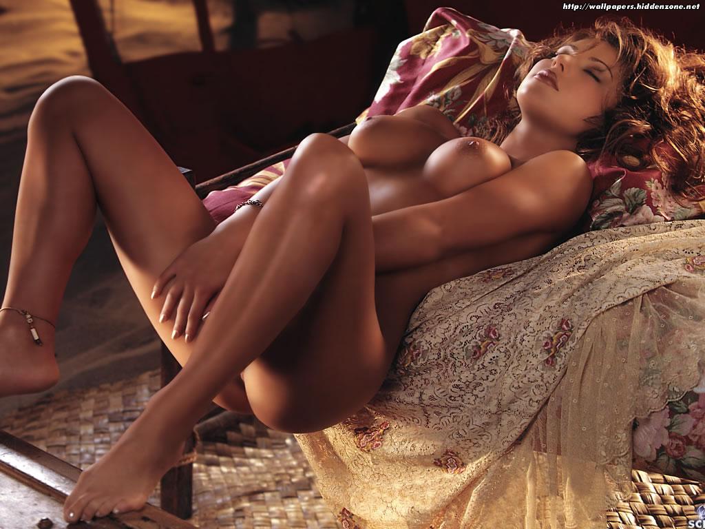 Adriana Lima se desnuda en un selfie al estilo