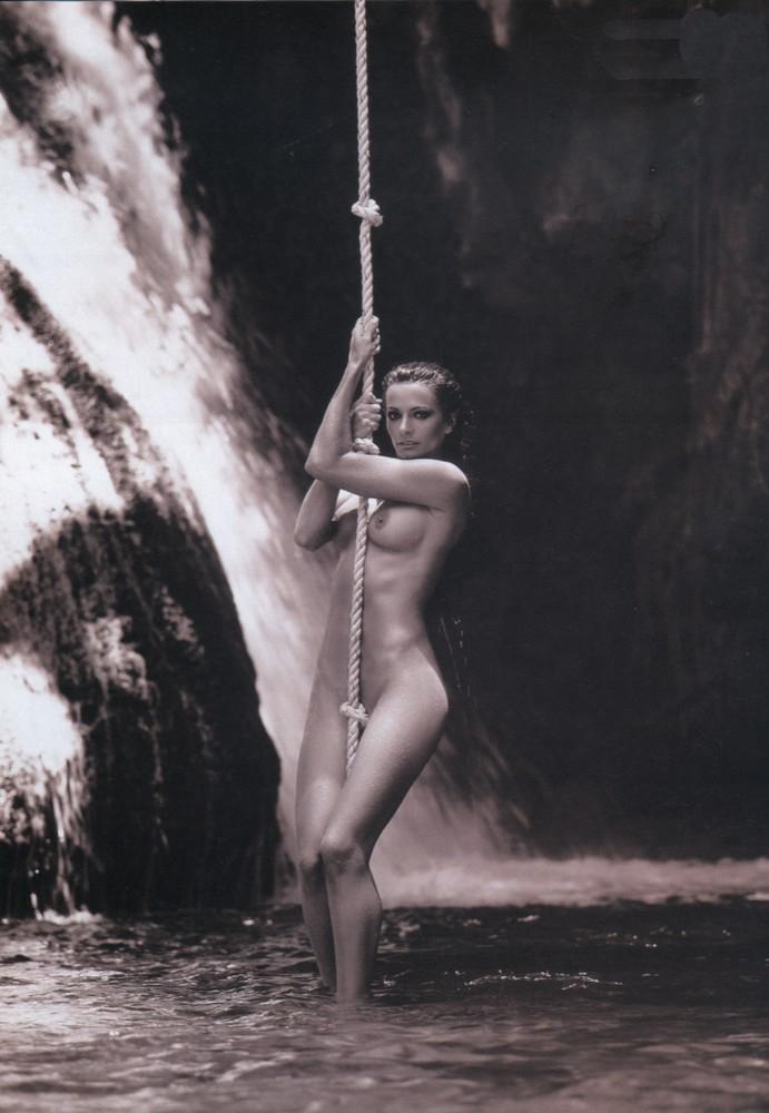 nude Cecilia galliano