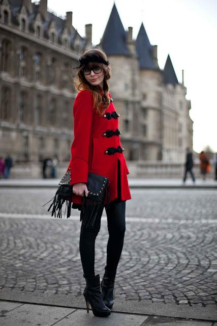 Louise Ebel Pandora Day and night in Paris
